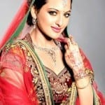 Gorgeous Sonakshi Sinha looks hot and sexy in red Saree – her signature style