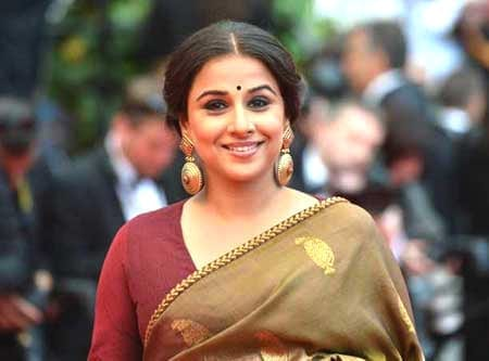 Vidya looking like woman next door?