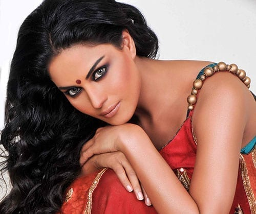 Veena Malik got married to Dubai based businessman named Asad Bashir Khan Khattak