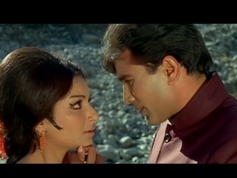 Gunguna Rahe Hain Bhanware Khil Rahi Hai Kali Kali – Aaradhana(1969)